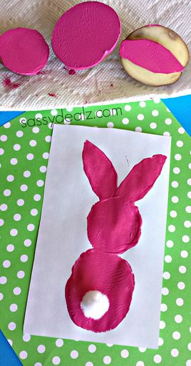 Make some cute potato stamp chicks with your kids! It's a super easy and fun Easter craft that toddlers could do.