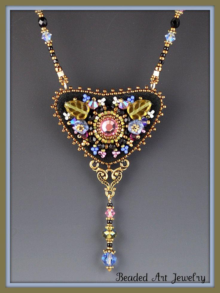 Викторианский цветочный бисера вышитые ожерелье 2 по beadedartjewelry