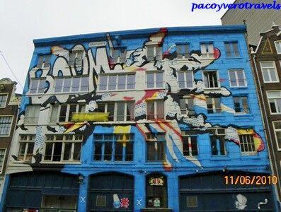 Casas de Okupas  #amsterdam http://www.pacoyverotravels.com/2014/07/amsterdam-en-3-dias-barrio-rojo.html