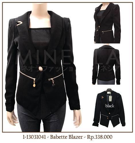 #MINEOLA Babette Blazer Black. Get this stylish blazer for only Rp.338.000,-   Fabrics: polyester Product code: 1-13031041 ... Measurement: Bust: 80cm - Length (front): 61cm - Length (back): 53cm - Hand length: 59cm