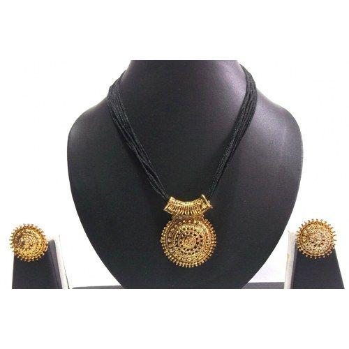 Big Pendant Black Thread Mangalsutra Necklace Set