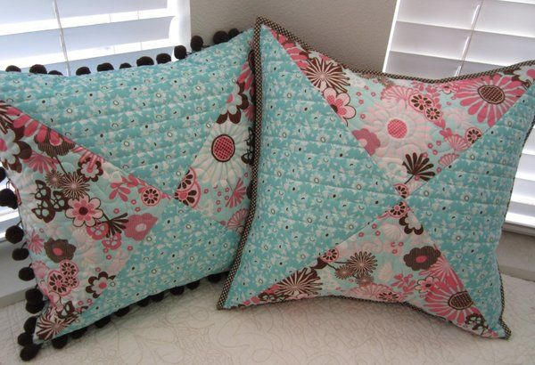Sewing Decorative Bed Pillows : Best 25+ Quilt pillow ideas on Pinterest Patchwork tutorial, Cluck cluck sew and Round pillow