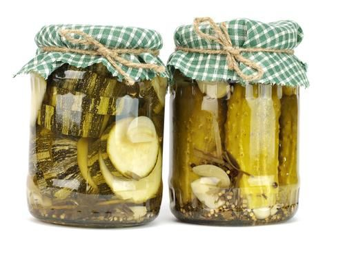 4 Benefits Of Drinking Pickle Juice | listed some helpful ways you can incorporate pickle juice into your life:  1.       Hangover Cure: One of the main reasons people feel so terrible when they've spent a night drinking is because alcohol is a diuretic, leaving you feeling dehydrated. Drinking pickle juice helps to replenish your depleted sodium levels ... Read More .