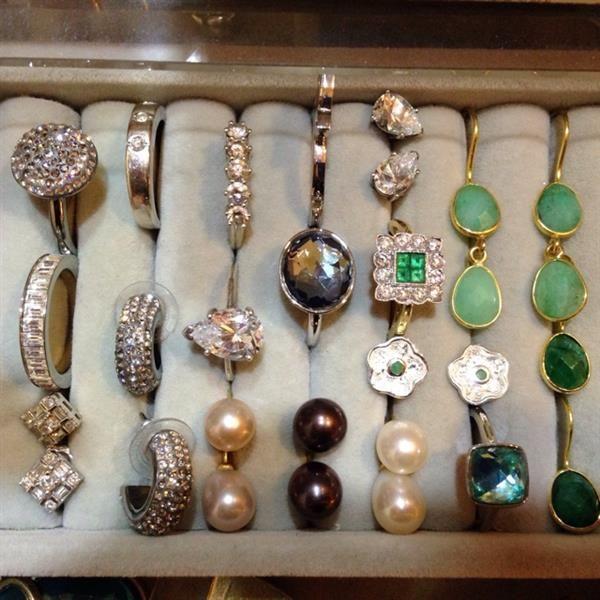 My Sentimental Diamonds & Pearls by Linda