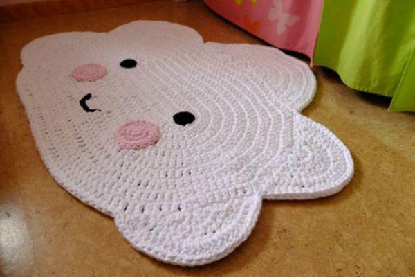 Agora que mudamos de casa, eu descobri o quanto os tapetes podem ser importantes na decoração - inclusive no quarto de bebês e crianças.