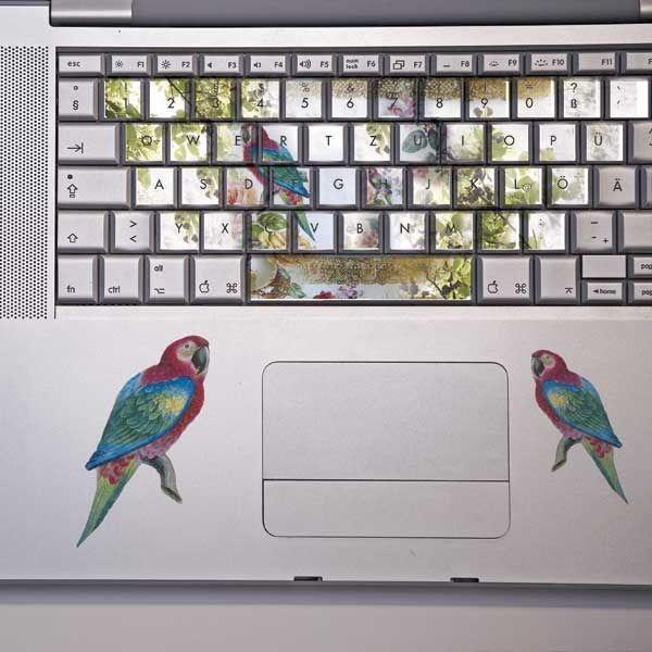 キーボードにステッカーって可愛いな!  macがますます欲しくなるー♥