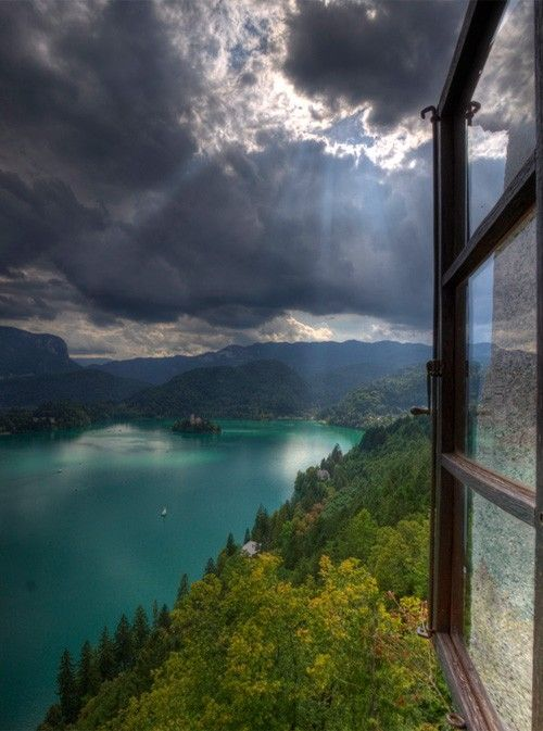 quite a view. =)Eastern Europe, Sun Ray, Romantic Places, Beautiful, Romantic Lakes, Lakes Home, Magic Places, Lakes Bled, Fjords Norway