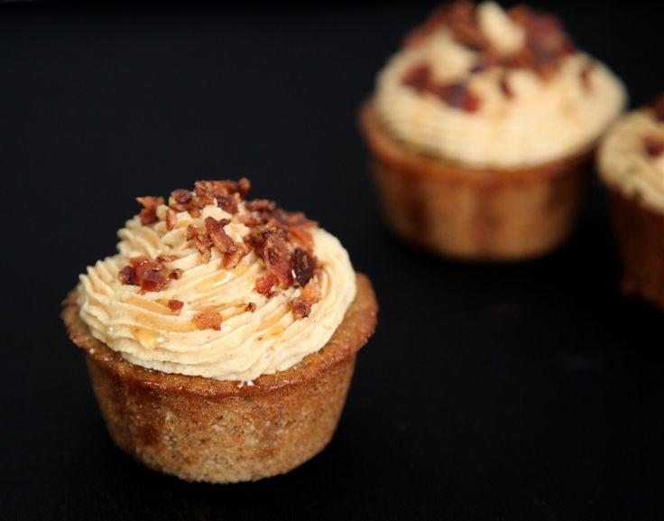 Banana Peanut Butter Bacon Cupcakes | Deliciousness | Pinterest