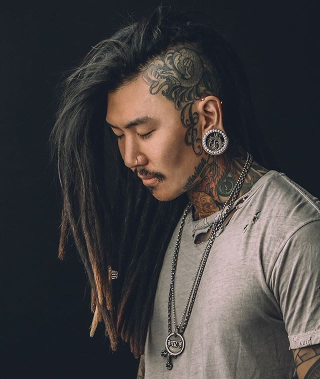 HOW IS THIS POSSIBLE | Shot by @jamestiffanyphotography ink by @aarondellavedova_art #dreads #dreadhawk #dreadlocks