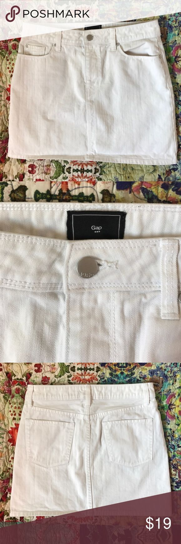 Gap White Cotton Denim Mini Skirt Gap Outlet white 100% cotton denim straight mini skirt. Some minor little marks that can be bleached out easily. Great condition other than that. GAP Skirts Mini