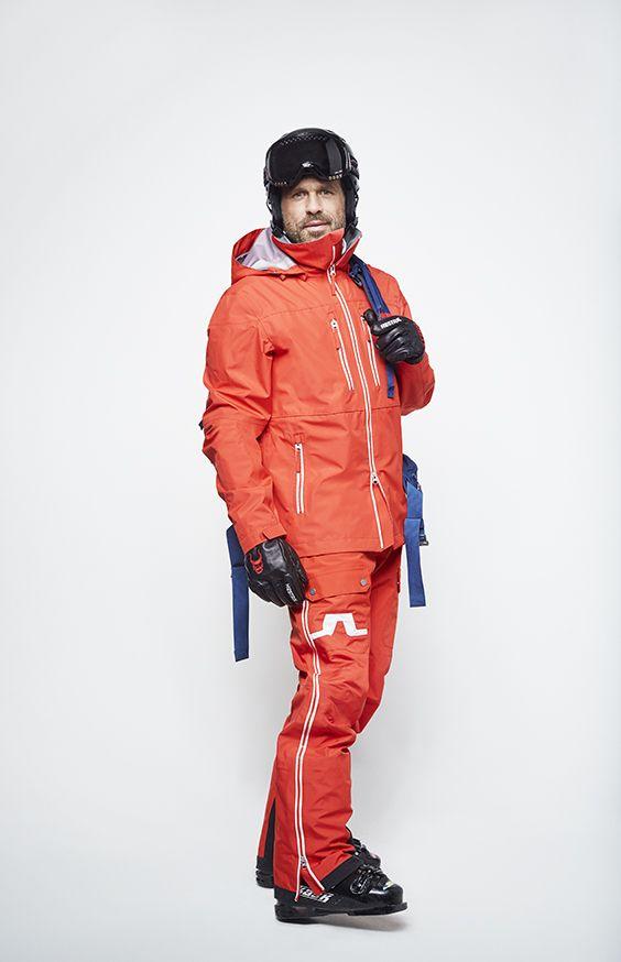 Bridging fashion and function on high altitudes. #jlindeberg