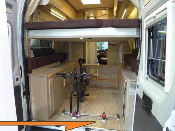 Living In A Van >> Pössl Roadcruiser Revolution förvaring sovplats bakdörr öppen   Van life, Home, Campervan