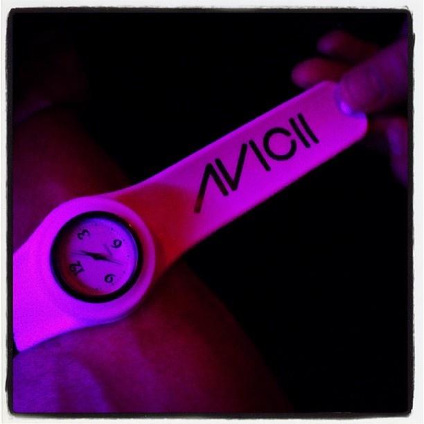 Ready for Avicii #luxdeluxLights Bi Electronics, Famous People'S 3, Club Queens, Avicii Luxdelux, Electronics Level, Deluxe Instagram, Luxe Deluxe, Deluxe Nightlife, Avicii Timberg