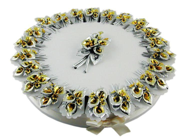Torta bomboniere 22 fette fiori argentati e giallo oro