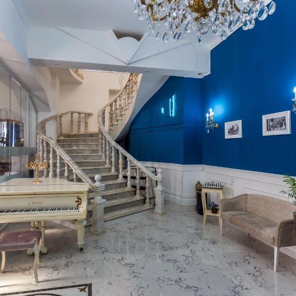 Royal Palace Hotel Baku Conveniently Located In The Yasamal District Of Baku Royal Palace Hotel Baku Is Set 2 4 Km From Freedo Palace Hotel Hotel Accommodation