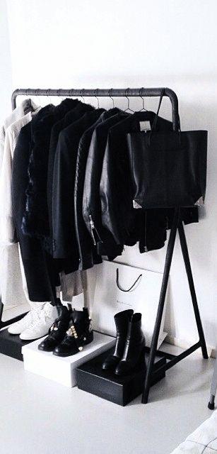Via NordicDays.nl | ModeRosa Home | Black and White ❥