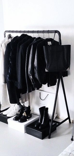 Via NordicDays.nl | ModeRosa Home | Black and White