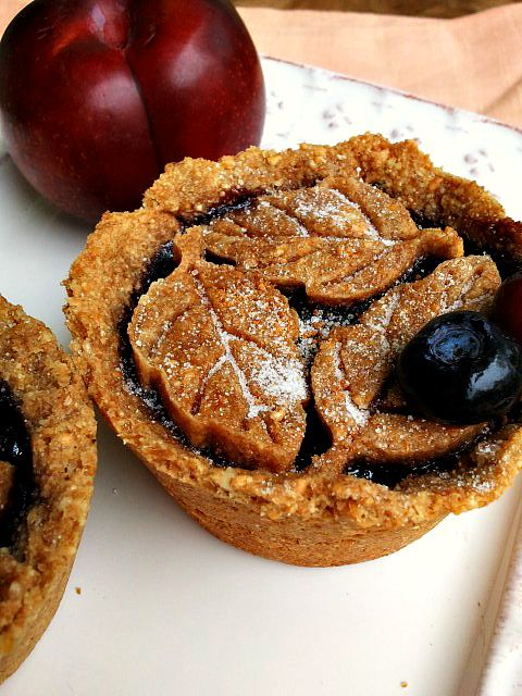 Vegan Nut Crust Plum Berry Mini Pies - from Canned-Time.com #GFoptions #vegan