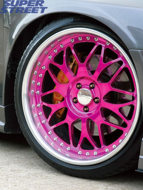 Would you look at these MFN GANGSTA ass rims...OMG   I want these.....badassery!!!