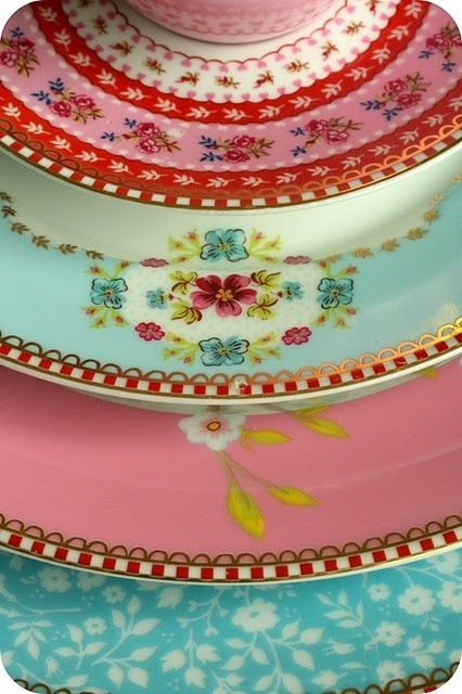 Pretty pastel vintage plates: Colour, Pretty Plates, China Patterns, Vintage Dishes, Pip Studio, Pipstudio, Color, Pretty Dishes, Vintage China