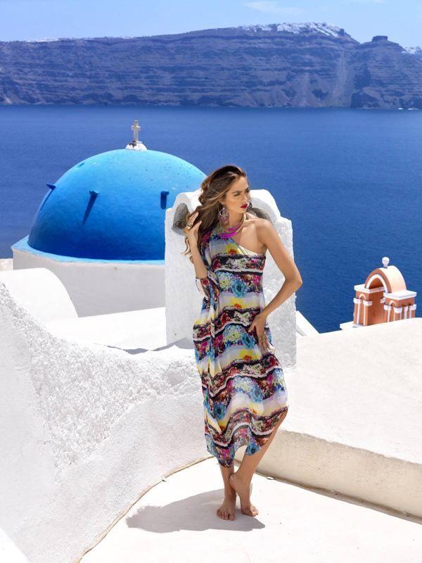 Fashion Editorial in Santorini, Greece by nikos reskos, via Behance