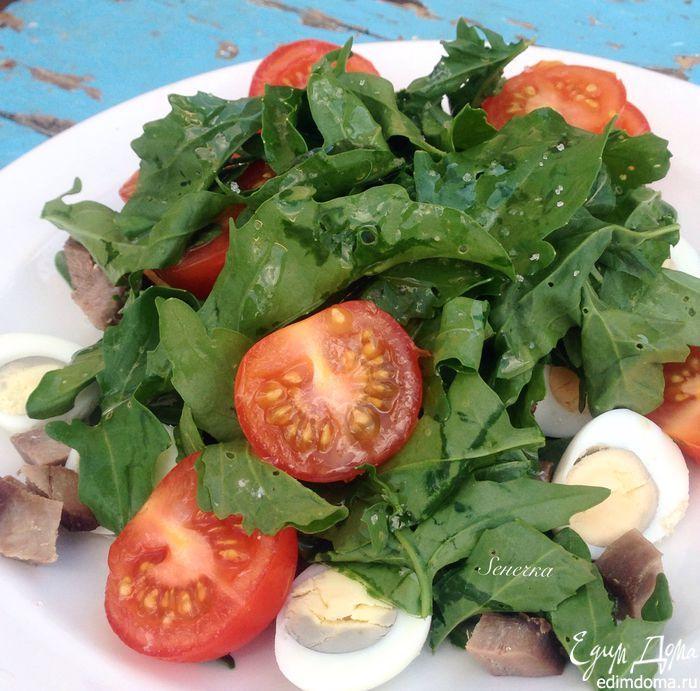 Салат с языком. Простой и быстрый в приготовлении салат, с очень вкусной заправкой — отличный вариант для ужина в будние дни! #едимдома #готовимдома #салат #закуски #рецепты #вкусно #домашняяеда #кулинария