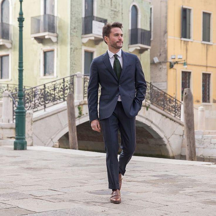 """238 mentions J'aime, 3 commentaires - BonneGueule (@bonnegueule.fr) sur Instagram: """"Notre nouveau costume Loro Piana en Prince de Galles sortira aujourd'hui jeudi 13 avril, à 12h, sur…"""""""