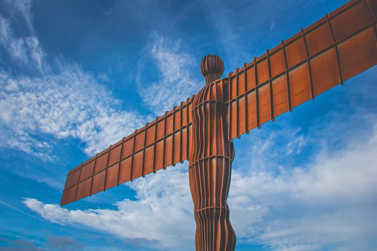 https://flic.kr/p/DGpc92 | Angel of The North | Since spreading its wings in February 1998 Antony Gormley's The Angel of the North has become one of the most talked about pieces of public art ever produced.