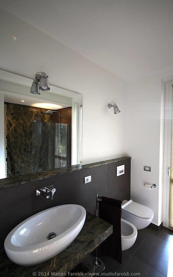 Appartamento_AT : Bagno moderno di Studio di Architettura Matteo Faroldi