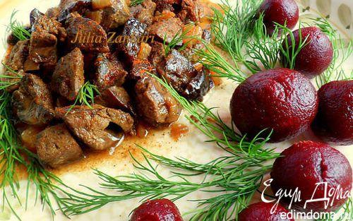 Куриная печень с черносливом и свеклой в скороварке | Кулинарные рецепты от «Едим дома!»