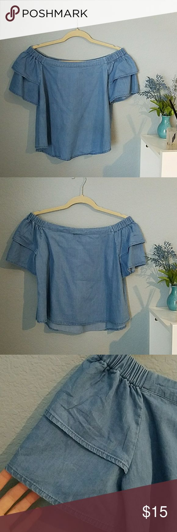 Ruffle off shoulder blue top Cute and stylish! Size small but will fit if you are you usually and xs or medium. Easy to accessorize and great with white jeans or jean shorts. 😊 Fashion Web Tops
