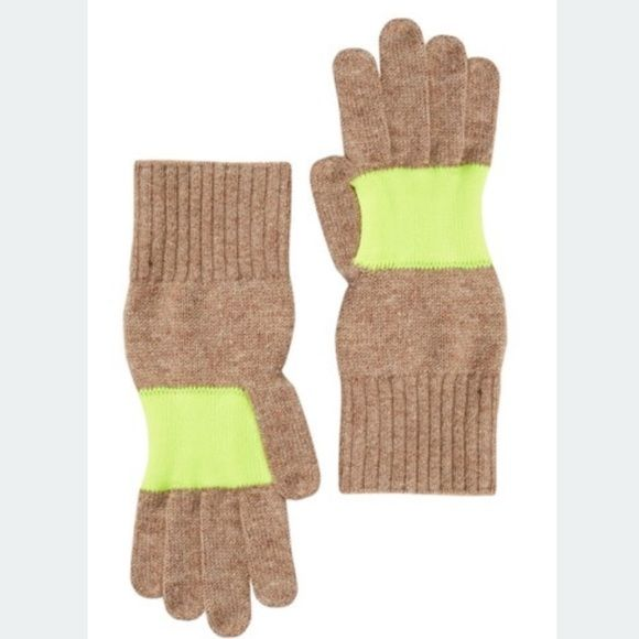 Brand new Hunter wool gloves New Hunter Boots Accessories Gloves & Mittens