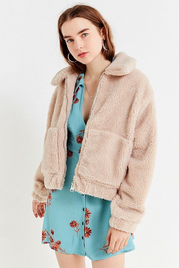 UO Cropped Teddy Jacket in 2018  adc96dc5c