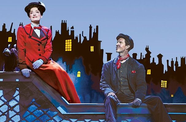 Laura Michelle Kelly as Mary and Gavin Lee as Bert in Mary Poppins. #MaryPoppins #Musical #Theatre