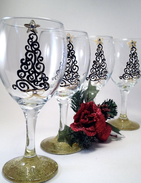 The 25+ best Christmas wine glasses ideas on Pinterest | Christmas ...