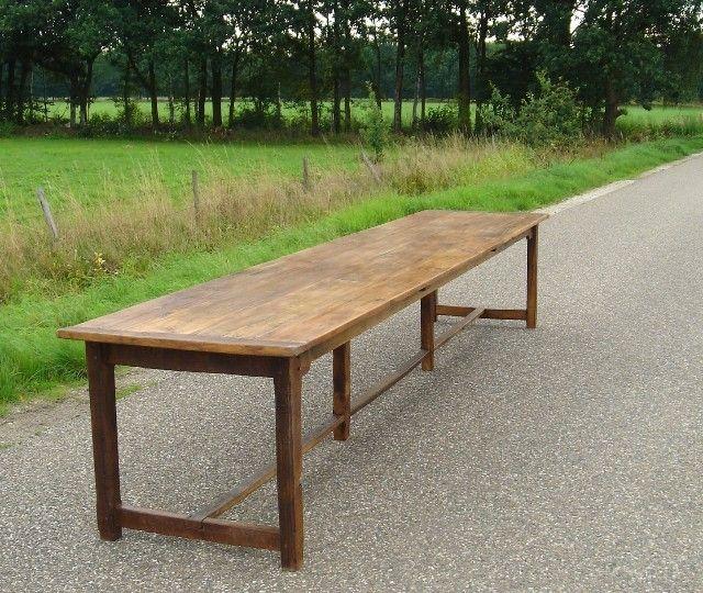 Lange antieke oude eiken tafel vergadertafel