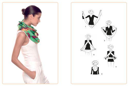 Ce nouage « Double Tour » est réalisable avec un Maxi-Twilly. Jouez avec votre carré Hermès avec l'application Silk Knots ! #Hermes #Silk #SilkKnots