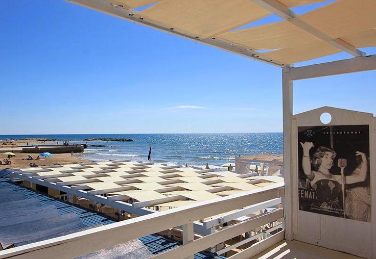 Lido sulla spiaggia di Marina di Ragusa - Lido beach of Marina di Ragusa