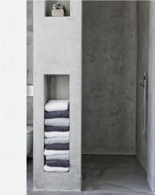 The Grey Home : Organizing and storing bathroom towels - 3 ways and 18 ideas/models