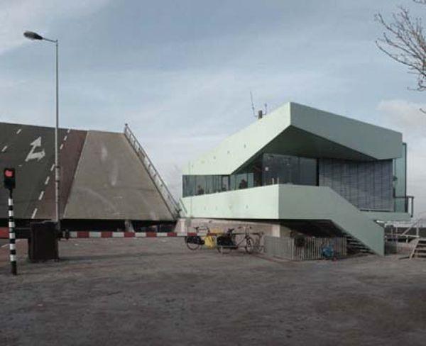 Adres brug: Westerpark, Amsterdam Plaats brug: Amsterdam Naam eigenaar: Gemeente Amsterdam