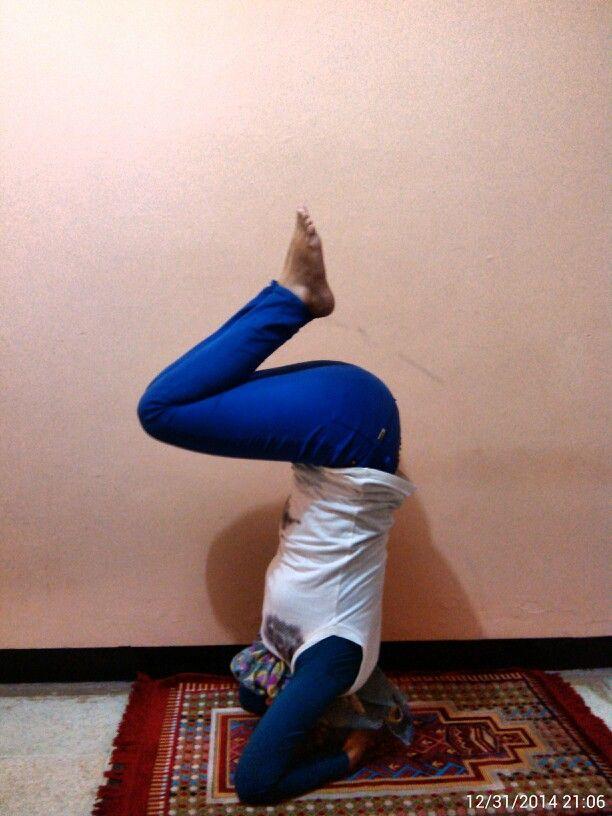 Supported headstand…, sooo hard! :( #Namaste #YogaPractice