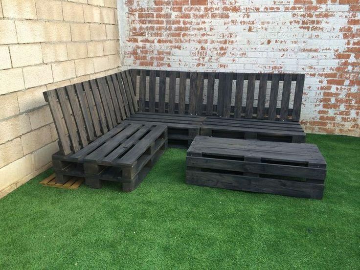 Rinconera realizada con madera de palet tipo europeo for Tipos de terrazas de madera