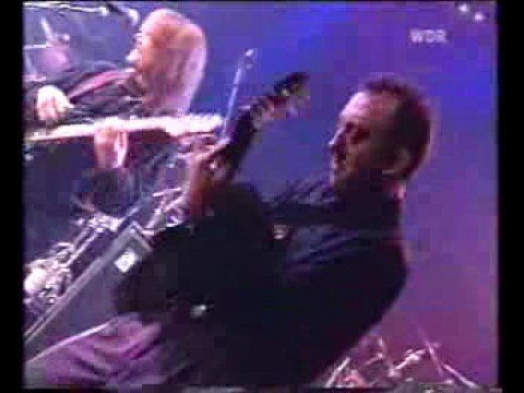 Willy DeVille - I Must be Dreaming - Live - YouTube