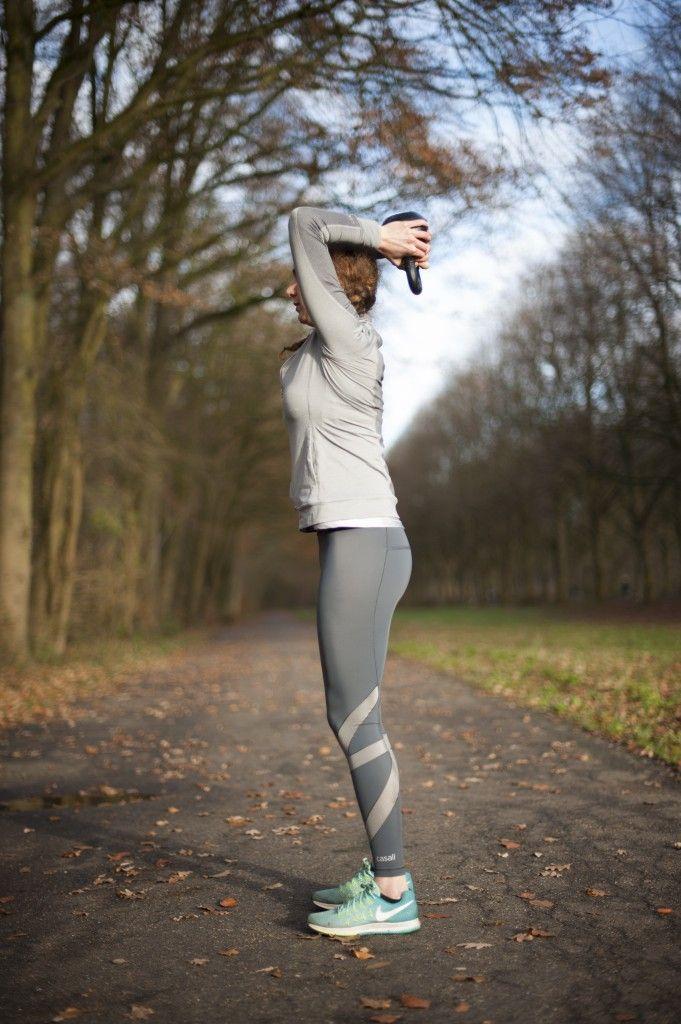 Zelfverzekerd de zomer in? Doe deze weken mee met onze online Bikini Body Workout! We leggen je verschillende Kettllebell Workouts stap voor stap uit.