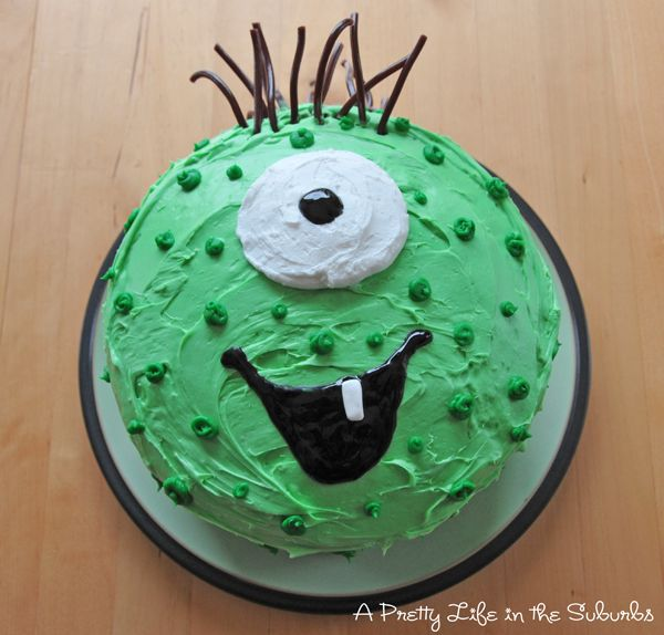 I was going through my pictures this weekend, and I remembered this cake I made for our baby's first birthday last year! The theme was loosely, Our Little Monster. I had seen a monster face like this on the internet, and just knew it would make the cutest cake! I thought I would post …