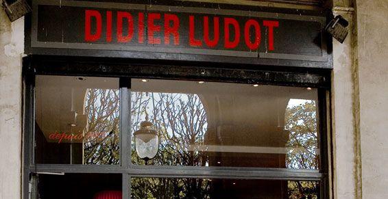 Didier Ludot, 24 galerie Montpensier - Jardin du Palais Royal 75001