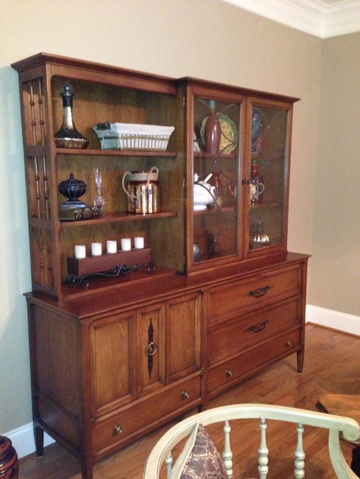 21 best images about hutch decorating on pinterest for Living room hutch