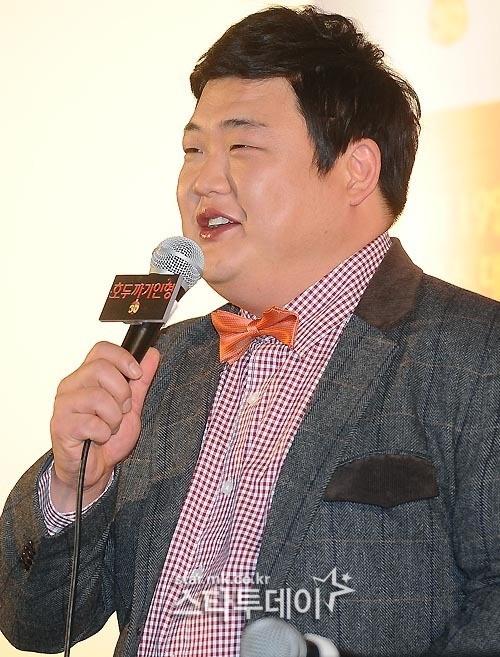 [포토] 김준현, `악역 목소리 연기 잘 어울리나요?` :: 네이버 뉴스