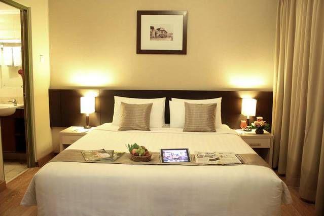 Mau berlibur ke Bandung? Booking hotel bintang 3 mulai dari IDR 536000/malam* hanya di http://www.nusatrip.com/id/hotel-di/asia/indonesia/jawa_barat/bandung  *Harga berubah sewaktu-waktu tanpa pemberitahuan  #nusatrip #tiketpesawat #hotel #onlinetravel #travel #travelingideas #tiketmurah #tiketpromo #hotelbudget #hotelpromo #promo #diskon #destination #vacation #trip #holiday #Bandung #weekend #weekendgetaway #hotelmurahbandung #hotelbudgetBandung #HotelberbintangBandung