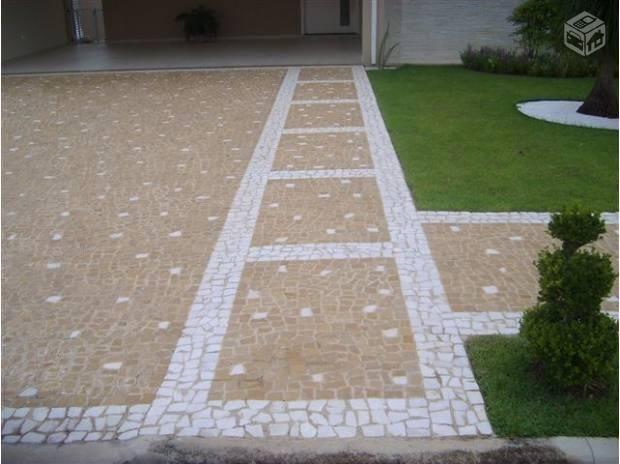 Calçada pedra portuguesa
